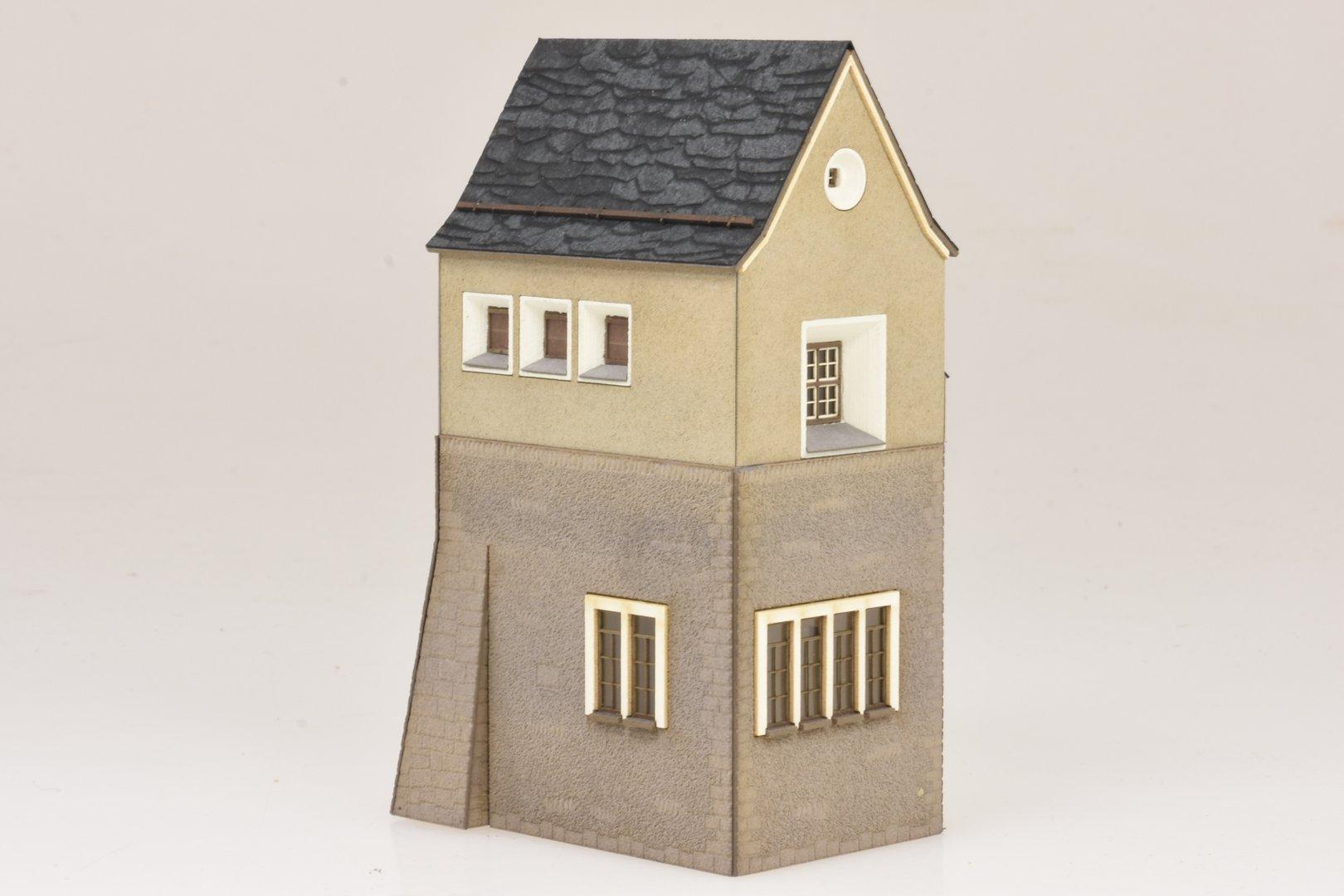 """te-miniatur 1650 Lasercut-Bausatz Schalthaus /""""Susch/"""" RhB Spur H0"""